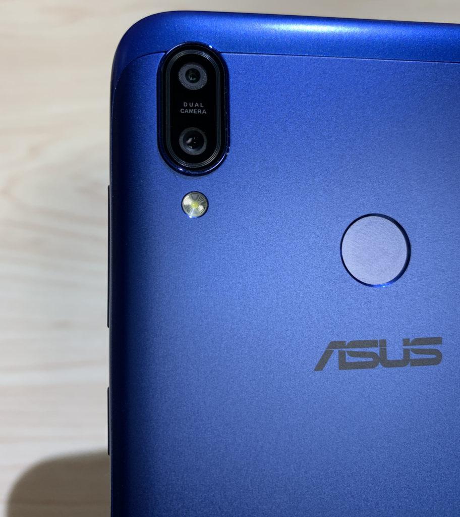 ZenFone Max (M2)の背面カメラと指紋認証センサー